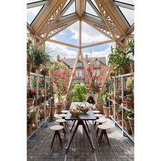 . Hoje nosso Blog fala sobre a Maggie's uma instituição de tratamento e apoio ao câncer que inaugurou uma nova unidade em Manchester no Reino Unido com acolhedores jardins que fazem com que os pacientes se sintam como se estivessem dentro da própria casa apostando na arquitetura como parte da terapia! #Arquitetura #Design #Maggies #FosterAndPartners #DanPearsonStudio |  Nigel Young / FosterPartners / Divulgação. by aldeiaacabamentos http://ift.tt/1TzyHIm