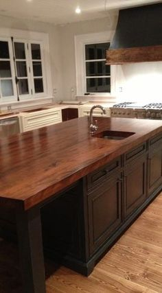 Creative Assortment - kitchen islands and kitchen carts - other metro - Bernard Rioux Cabinetmaker Inc.