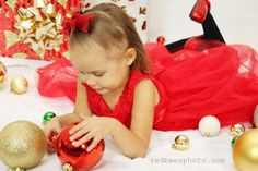 Contact information redbee.513@gmail.com Check out our website redbeesphoto.com #holidayphotos #family #merrychristmas #happyholidays #holiday #christmas #inlandempire