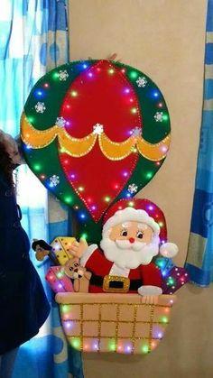 Santa, nieve y reno Christmas Elf Doll, Christmas Stocking Kits, Felt Christmas Stockings, Felt Christmas Decorations, Christmas Door, Cozy Christmas, Beautiful Christmas, Christmas Time, Christmas Ornaments