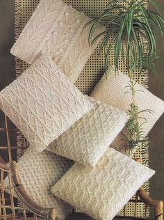 PDF Knitting Pattern - Aran Knit Pillow Cover - 6 Different Cable Knit Fisherman Irish Styles. PaperButtercup on Etsy Knitted Cushion Covers, Knitted Cushions, Knitted Blankets, Scatter Cushions, Crochet Home, Knit Crochet, Tapetes Diy, Knitting Patterns, Crochet Patterns