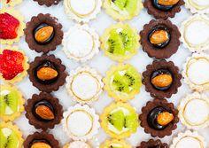 #Fruit #tartes – #Sablé raha – #Sablé #chocolat with #almonds. #sweets #food #kitchen