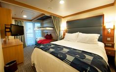 The staterooms on the Disney Dream are all so gorgeous.