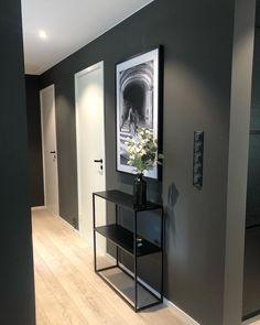 10 hjem malt i Elegant 1434 fra Jotun Sofa Bed Mattress, Sofa Bed Size, Ikea, Design Online Shop, Diy Home Decor, Room Decor, Sweet Home, Public Seating, Other Rooms