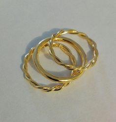 Juego de anillos texturas con baño de oro 24k