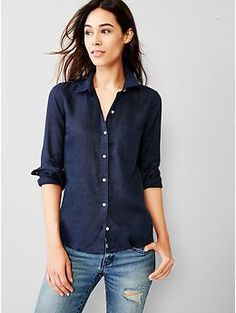 Fitted boyfriend linen shirt | Gap
