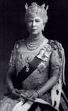 jewels queen mary - Buscar con Google