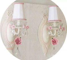 bonito par de apliques de luz para pared blancos shabby chic