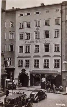 Mozart's Geburtshaus Getreidegasse Information Overload, Salzburg Austria, Sight & Sound, Places Ive Been, To Go, Spirituality, Street View, Composers, City