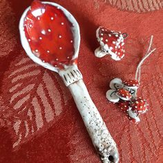 Ceramic Pottery, Ceramic Art, Christmas Tree Toy, Merry Christmas, Xmas, Slab Ceramics, Mushroom Art, Ceramic Pendant, White Clay
