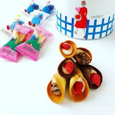 オードリーのお菓子グレイシア!花束みたいなお菓子のブーケ Xmas, Sweets, Desserts, Food, Tailgate Desserts, Deserts, Gummi Candy, Christmas, Candy