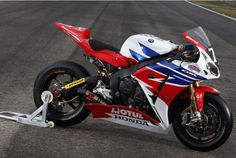 CBR1000RR +1 Cars And Motorcycles, Bike, Vehicles, Dan, Inspiration, Motorbikes, Bicycle, Biblical Inspiration, Bicycles
