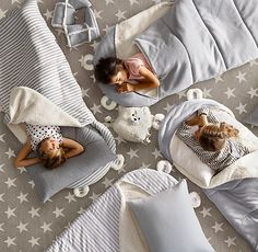 RH Baby & Child's Luxe Sherpa Hooded Sleeping Bag:A soft cotton jersey exterior, snuggly sherpa fleece lining and pair of friendly ears welcome the hibernation-bound. Made especially for first-timers, in a smaller size that& just right for little ones. Pink Striped Walls, Baby Clothes Storage, Kids Sleeping Bags, Baby Boy Pictures, Star Rug, Vintage Industrial Decor, Baby Boy Nurseries, Cabana, Kids Bags
