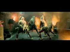 SKRILLEX - RAGGA BOMB WITH RAGGA TWINS [OFFICIAL VIDEO] - YouTube