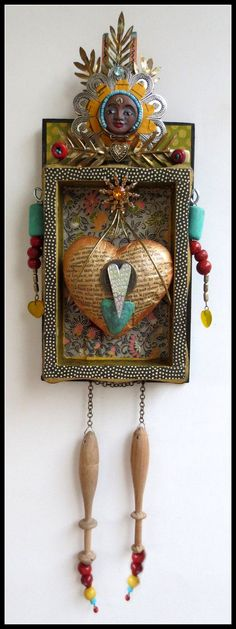 LOVEY  Assemblage Totem Doll di AssemblageTotemDolls su Etsy, $225.00
