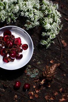 Granola au sarrasin & double chocolat (sans gluten & Vegan) | my blue and white kitchen (en anglais)