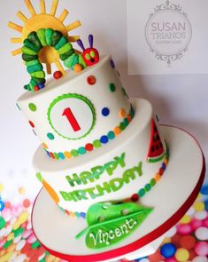 The Colorful Very Hungry Caterpillar Birthday Cake cake decorating recipes anniversaire chocolat de paques cakes ideas Birthday Cake Kids Boys, 1st Birthday Cakes, Birthday Banners, Birthday Invitations, Birthday Parties, Colorful Birthday Cake, Women Birthday, Diy Birthday, Birthday Ideas