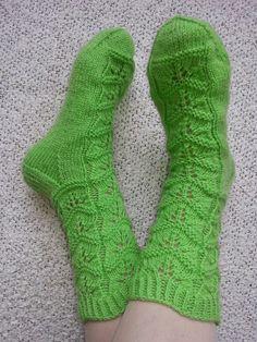 Marike ohjeella tehdyt sukat😊 Socks, Knitting, Fashion, Sock Knitting, Moda, Tricot, La Mode, Breien, Sock