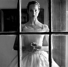 shoot through a window Ballet, Rodney Smith, Just Dance, French Art, Story Inspiration, Picture Poses, Great Photos, Portrait Photographers, Portraits