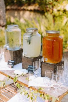 rustic Sonoma wedding with a whimsical coral and navy blue palette / http://www.deerpearlflowers.com/wedding-drink-bar-station-ideas/2/