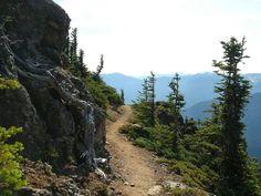 Trail along Klahhane Ridge. Photo by Eric Jain.