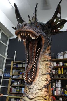 Life size Western Dragon work in progress... Material: Rubberized polyurethane foam. Height:12 feet For more details, please visit our website at: