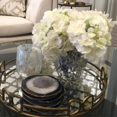 """40 Likes, 1 Comments - M Interior Design (@minterior) on Instagram: """"Accessorizing with fresh flowers and trays , its that easy. From previous styling . #interior…"""""""