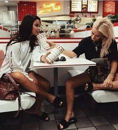 Best friends goals pictures Melhores amigas #meta #bff #tumblr