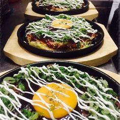 Nuestros okonomiyakis te esperan en #Hanakura. También te los llevamos a casa 914454691