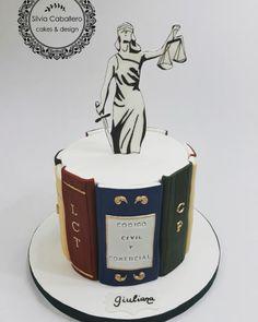 Graduation cake - cake by Silvia Caballero