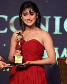 Beautiful Indian Actress, Beautiful Actresses, Shivangi Joshi Instagram, Kartik And Naira, Strapless Dress Formal, Formal Dresses, Indian Celebrities, Her Smile, Best Actress