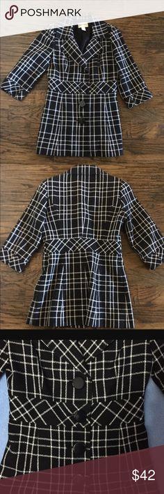 White House Black Market Plaid Jacket Perfect Condition. 3/4 sleeve. White House Black Market Jackets & Coats Blazers