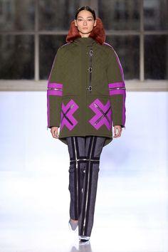 Balenciaga Automne/Hiver 2014, Womenswear - Défilés (#18067)
