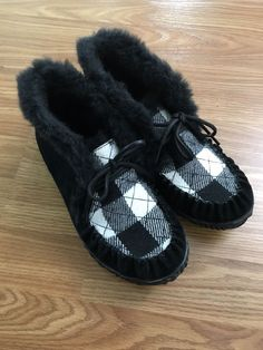 cef1067e3e71 NIB Womens Sorel Out N About Moc Casual Leather Slippers Slip On Shoes -  Black  fashion  clothing  shoes  accessories  womensshoes  slippers (ebay  link)