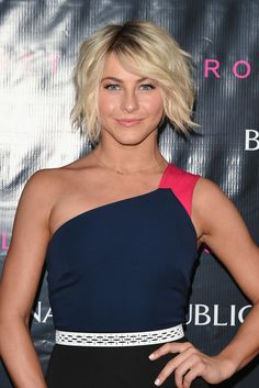 Julianne Hough's messy bob contrasted beautifully with her clean, neutral makeup.