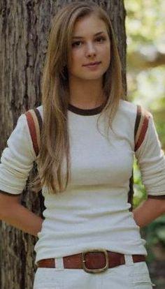 Emily VanCamp ♥