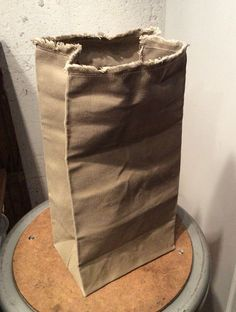 A simple lunch bag, hand made by me, using quality materials. Approximate size…