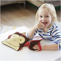 Snacks on the move! Our Zoo Reusable Sandwich & Snack Bag Set is made for little kids learning to eat independently, whether at home or. Little Baby Girl, Little Babies, Zip Lock, Skip Hop Zoo, Snack Bags, Reusable Bags, Children's Place, Cloth Diapers, Baby Feeding
