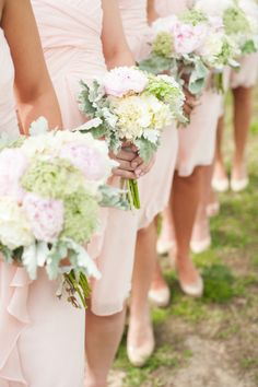 Bridesmaid bouquets: http://www.stylemepretty.com/2014/09/19/rustic-barn-wedding-at-the-vintager-inn/ | Photography: Michelle Renee - http://michellereneephotography.com/