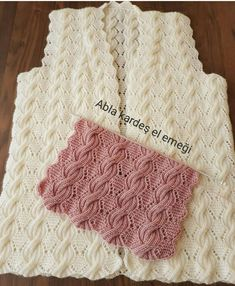 Ideas For Crochet Heart Hat Pattern Free Knitting Cable Knitting Patterns, Knitting Stiches, Lace Knitting, Knitting Designs, Diy Crafts Crochet, Knit Vest Pattern, Crochet Motifs, Crochet Lace, Knitted Slippers