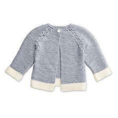 Cute Free Knitting Pattern Garter Stitch Baby Cardigan with Eyelets and Raglan Sleeve Knit Cardigan Pattern, Knitted Baby Cardigan, Knit Baby Sweaters, Baby Knits, Jacket Pattern, Free Baby Patterns, Baby Knitting Patterns, Free Knitting, Kids Knitting