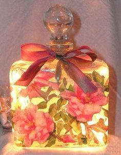 Pink Roses Square Perfume Bottle Nightlight ( Night Light ) - Roses And Teacups - 1 Perfumes Vintage, Vintage Makeup, Lovely Perfume, Pink Rose Bouquet, Antique Perfume Bottles, Altered Bottles, Bottle Lights, Bottles And Jars, Glass Bottles
