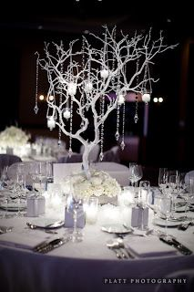 Glass Slipper Designs: Winter wedding centrepieces - Do I wish to paint my branches white, black or keep them a dark brown?