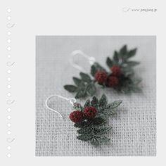 jungjung ~ Very finely Crocheted Berries & leaves earrings