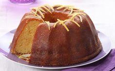 Ένα κέικ λίγο αλλιώτικο απ'τα άλλα. Ιδανικό για όσους θέλουν τα γλυκά τους ξινούτσικα. Το σιροπιαστό Κέικ λεμονιού είναι η απόλυτη επιλογή Enjoy It, Caramel Apples, Vanilla Cake, Bread, Desserts, Recipes, Food, Lemon, Tailgate Desserts