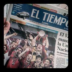 """""""España dio cátedra de fútbol y repitió Eurocopa"""" - diario 'El Tiempo' de Colombia"""