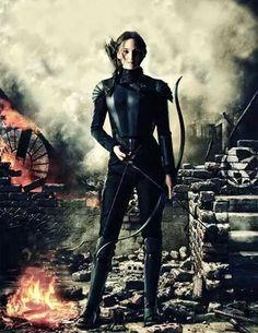 Estamos a pocas semanas del estreno de la tercera parte de Los Juegos del Hambre: Sinsajo Parte 1 y creemos que Katniss Everdeen es un ejemplo a seguir. http://www.linio.com.mx/libros-y-musica/cine/