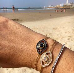Summer essentials: a beach and a pair of