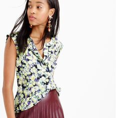 """NWOT J.Crew Sleeveless Drapey Popover in Clover You're going to want to wear this easy henley popover every day, which works out great because the print is as pretty as the silk it's printed on. Silk. Slim fit. Body length: 26 1/2"""". Never worn! J. Crew Tops Blouses"""