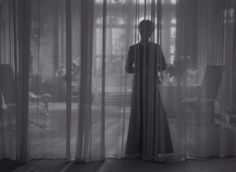 Rebecca (1940, Alfred Hitchcock) / Cinematography by George Barnes